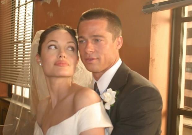 Фото со свадьбы Брэда Пита и Анджелины Джоли
