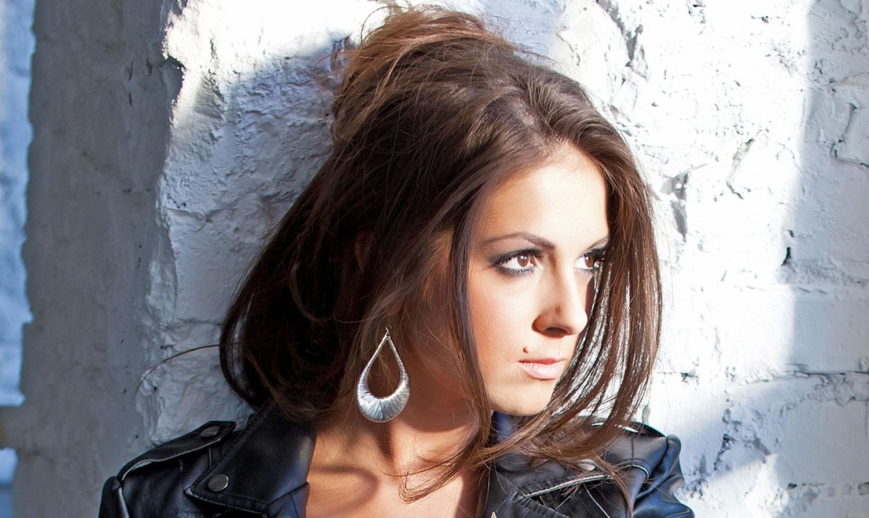 Подробную информацию о певице Нюше можно найти на сайтах: *...