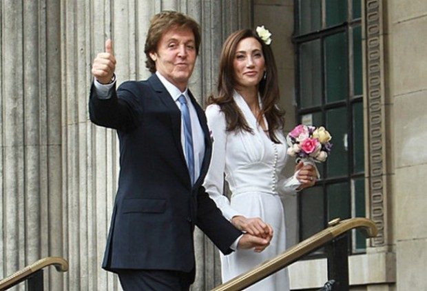 Фото со свадьбы Пола Маккартни и Хизер Миллс. Спустя 7 лет развод стоит Полу $48 млн.