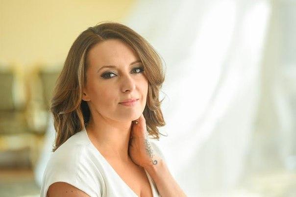 Моника Кусзински