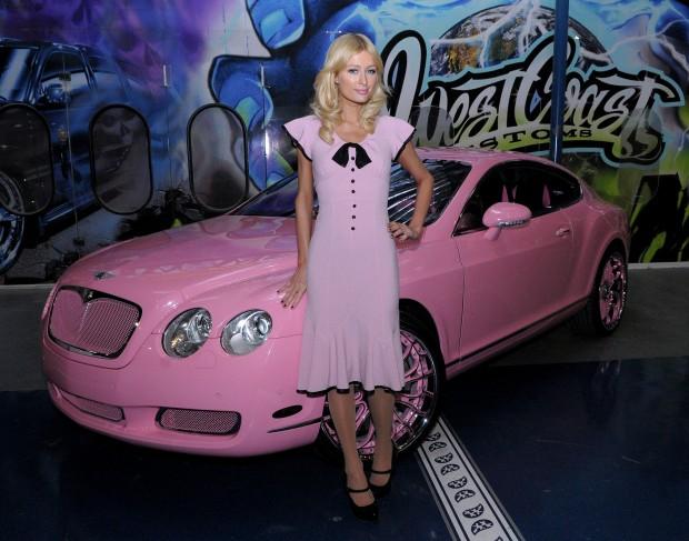 Пэрис Хилтон со своей машиной