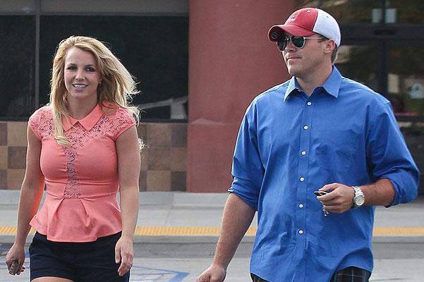 Бритни Спирс, замуж, свадьба, звезды, шоу-бизнес, Бритни Спирс с бойфрендом