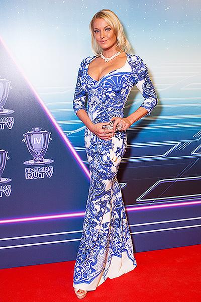 Анастасия Волочкова, наконец, выбрала наряд, прекрасно подходящий к ее фигуре