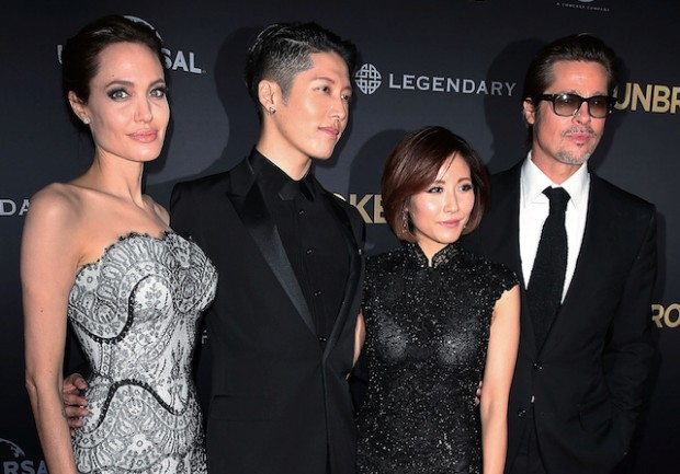 Анджелина Джоли и Брэд Питт на премьере фильма Несломленный