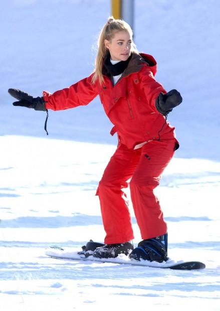 Дениз Ричардс,актриса,предпочитает,активный отдых,сноуборд,зимние виды спорта