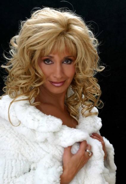 Ирина Аллегрова,певица,артистка,снялась в рекламе