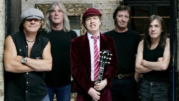 Вечно бодрые ребята из AC/DC