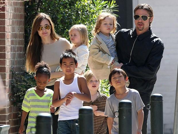 Анджелина Джоли,Брэд Питт,с детьми,сколько детей,родные дети,приемные дети,вместе