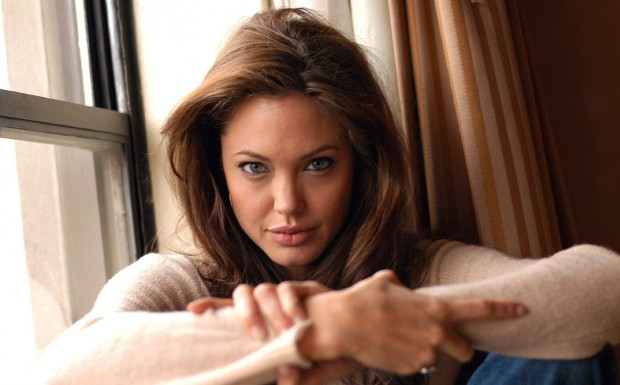 Анджелина Джоли. Ее не раз признавали самой красивой и желанной женщиной в мире.