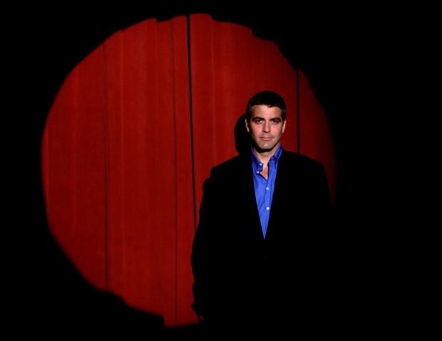 Джордж Клуни на сцене