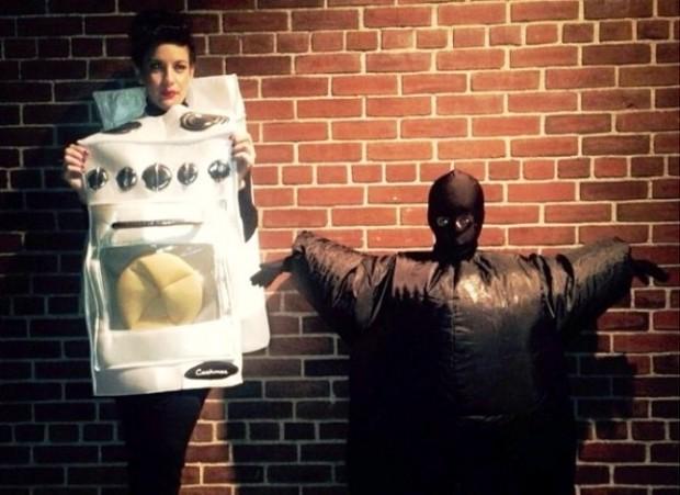 Лив Тайлер в костюме духовки