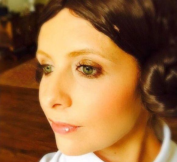 Сара Мишель Галлер в образе Принцессы Леи