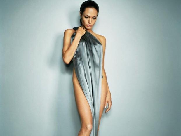 Анджелина Джоли на фотосессии