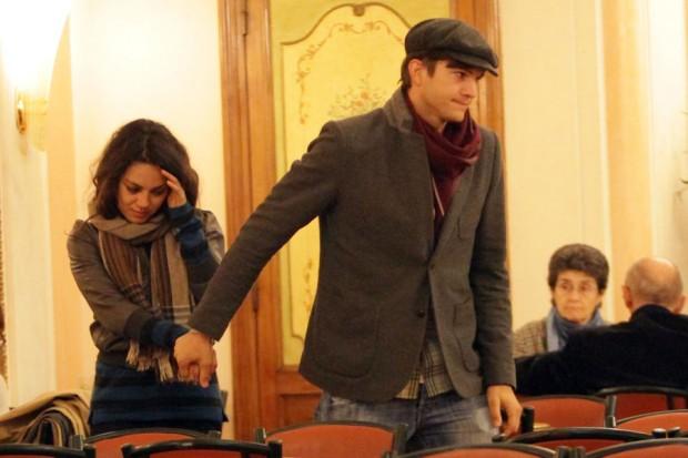 Эштон Катчер и Мила Кунис в Риме