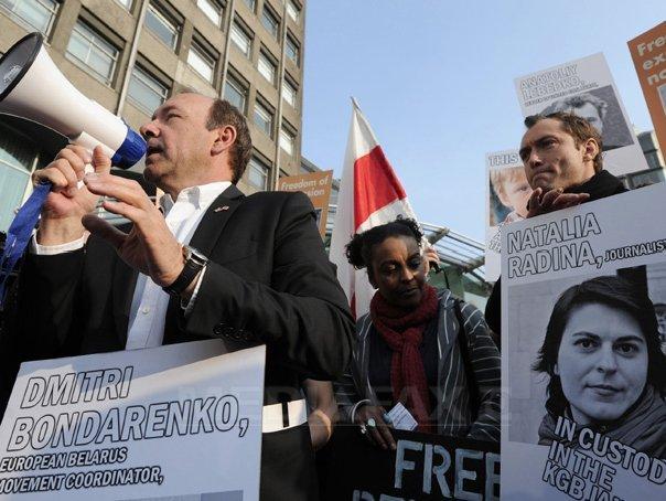 Кевин протестует против Лукашенко