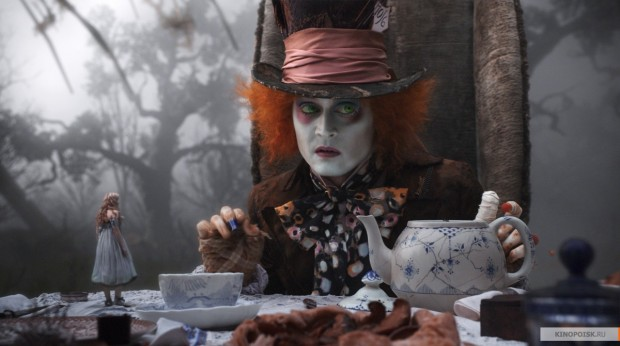 "Кадр из фильма ""Алиса в стране чудес"""