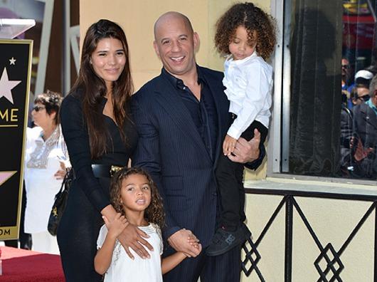 Вин Дизель вместе со своей семьёй