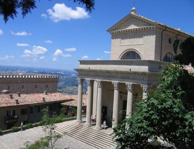 Базилика Санто-Пьево в Сан-Марино