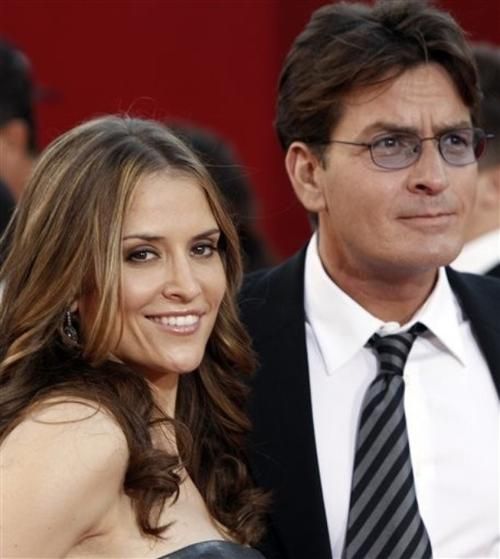 Чарли Шин с женой Брук Мюллер