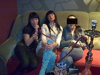 Сестры Аня и Ольга Корчанские (слева) с подругой