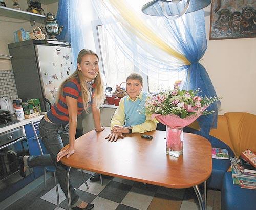 Сосо Павлиашвили с женой Ириной и дочками