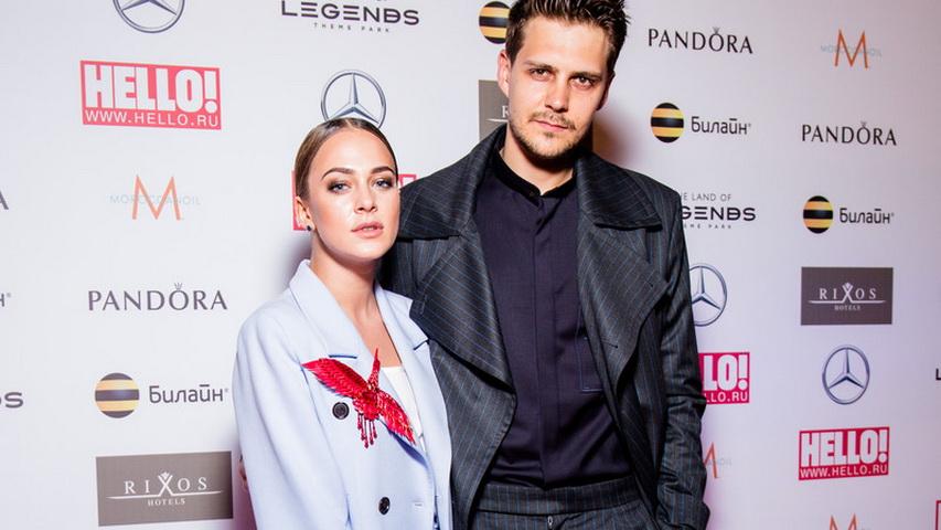 Актёр с любимой девушкой Аглаей Тарасовй