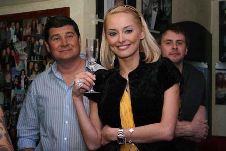 Бизнесмен с бывшей супругой - моделью Ксенией Кузьменко