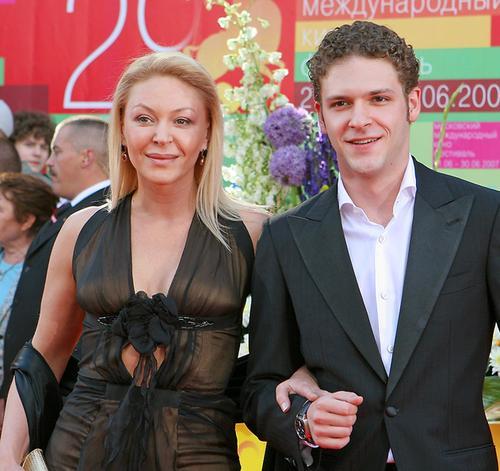 Алена Бондарчук и Константин Крюков