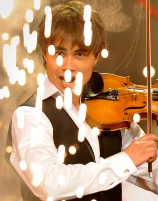 http://www.livestory.com.ua/images/alexander_rybak_15.jpg