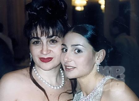 Алина с дочерью Кристиной
