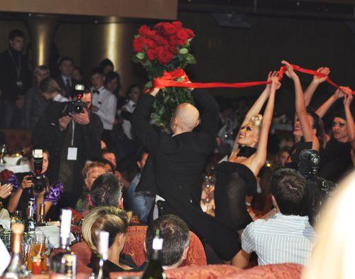Миллион алых роз для Аллы Борисовны