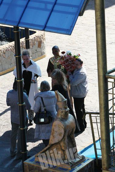 Аллу Пугачеву встречают в отеле