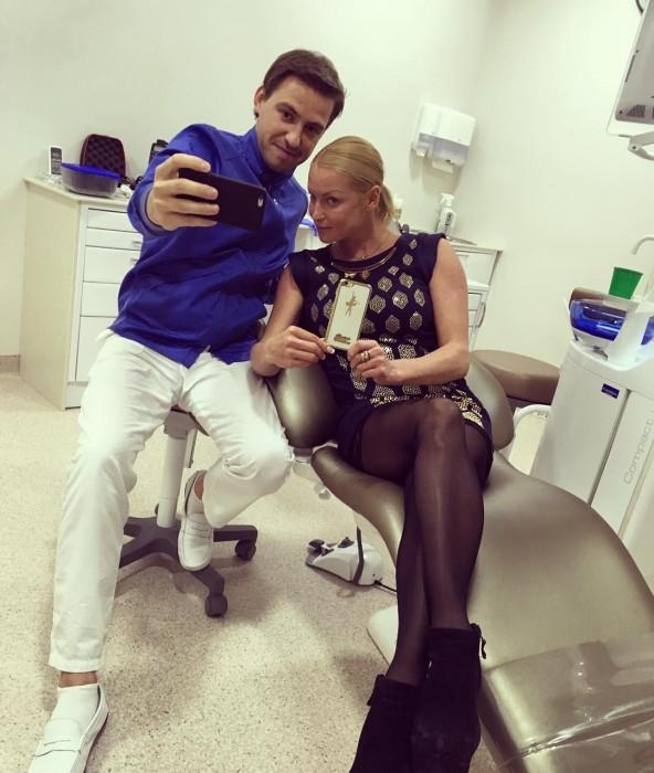 Анастасия Волочкова у стоматолога