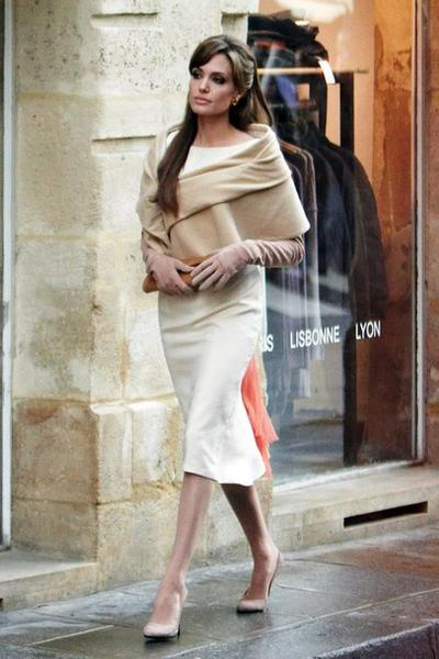 Анджелина Джоли / Angelina Jolie на съемках фильма «Турист» в Италии
