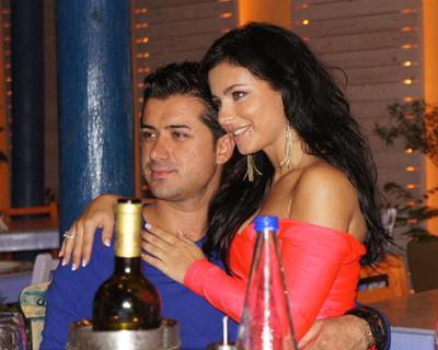 Ани Лорак с супругом в Греции