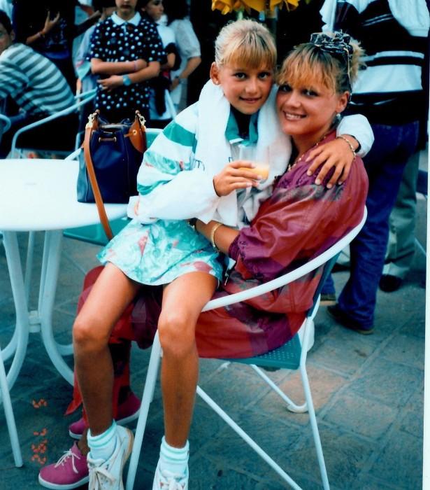 Анна Курникова с мамой в детстве