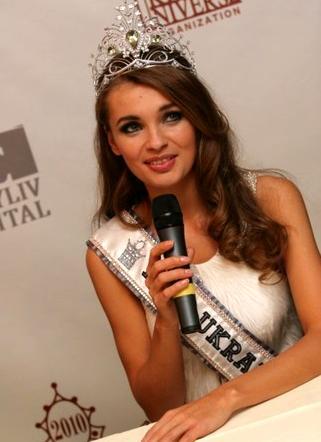 Победительница конкурса «Мисс Украина-Вселенная-2010» Анна Пославская