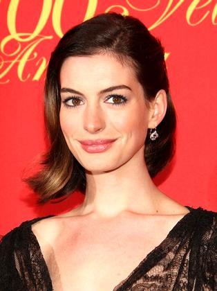 9. Энн Хэтэуэй (Anne Hathaway)