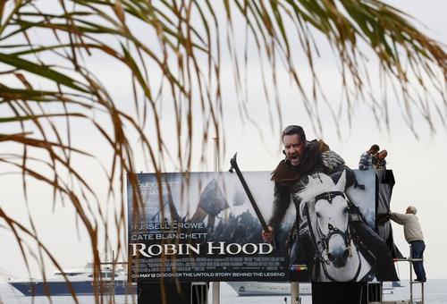 В Каннах рекламируют фильм «Робин Гуд»