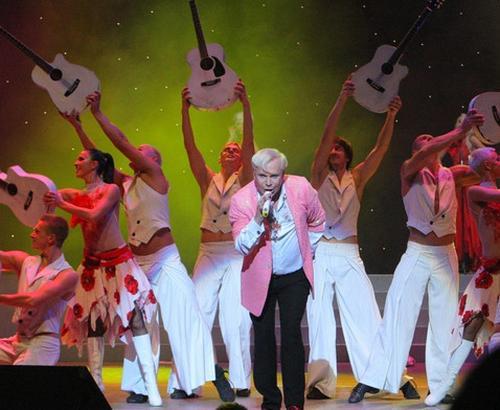 Борис Моисеев презентовал в киевском ДК «Украина» свое шоу-ревю «Десерт»