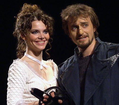 Лиза Боярская и Сергей Безруков часто играют вместе на одной театральной сцене и в кино