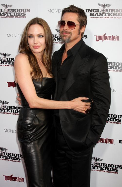 34-летняя Анджелина Джоли и 45-летний Брэд Питт
