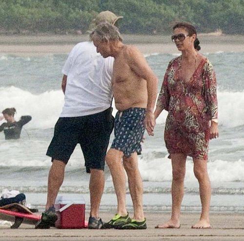 Кэтрин Зета-Джонс / Catherine Zeta-Jones и Майкл Дуглас / Michael Douglas на отдыхе в Панаме