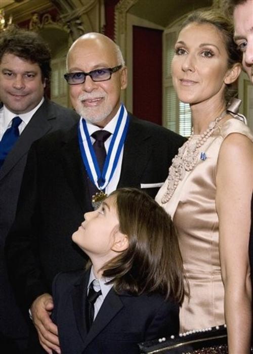 Рене Анжелиль и Селин Дион с сыном Рене-Шарлем