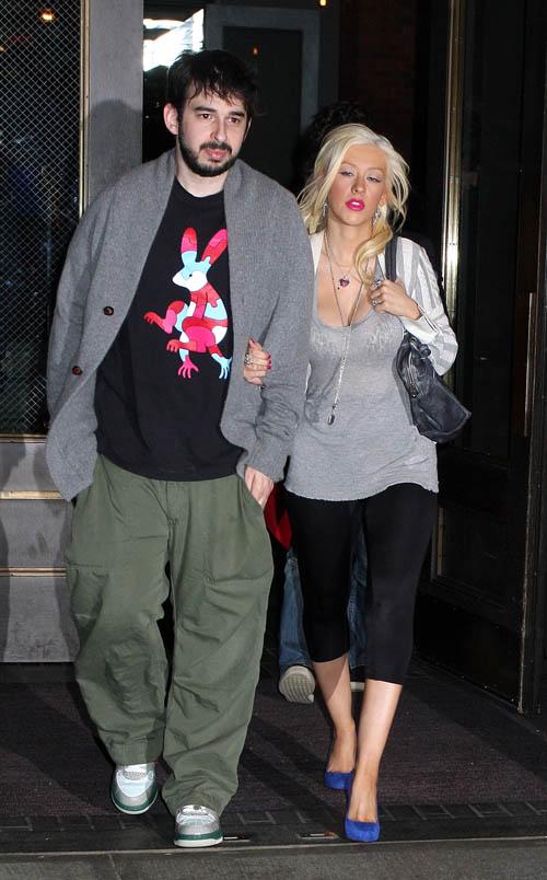 Кристина Агилера с мужем Джорданом Брэтменом