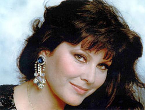 Такой актриса Клаудия Мори была в молодости. Сейчас ей 65.