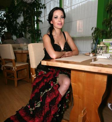 Даша Астафьева в платье от Сергея Ермакова