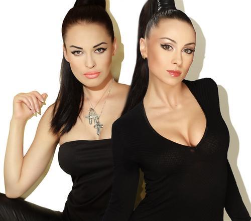 Группа NikitA в обновленном составе: Даша Астафьева и Анастасия