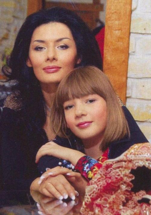 Диана Дорожкина с дочерью Дашей