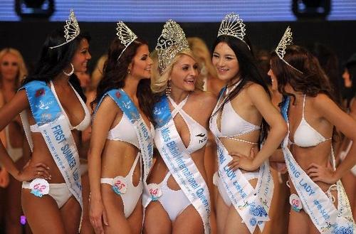 """Победительница конкурса """"Мисс бикини мира-2010"""" Диана Ирина Боянка / Diana Irina Boanca"""